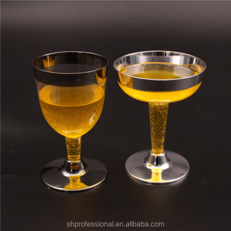 Hand Made Fancy Goblet Gold/Silver Rim Champagne Flutes With Body Cutting