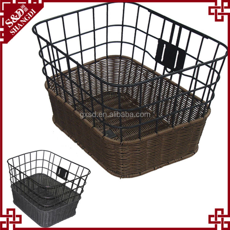 Bike decoration wholesale metal and synthetic wicker woven bike basket