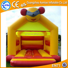 Guangzhou aomiao golden supplier bear inflatable trampoline/jumping castles with prices