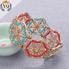 BYQ-00333 hot sell indian gold plated snowflake charm acrylic bracelet coloful seed bead boho handmade elastic charm bracelet