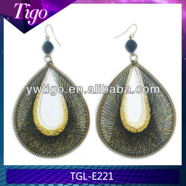oval dangling tear drop earrings