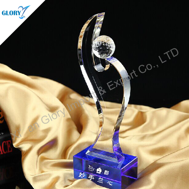 Custom crystal trophies with blue base for souvenirs
