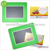 Guangdong factory wholesale souvenir magnet photo frame mini fridge magnetic photo frame
