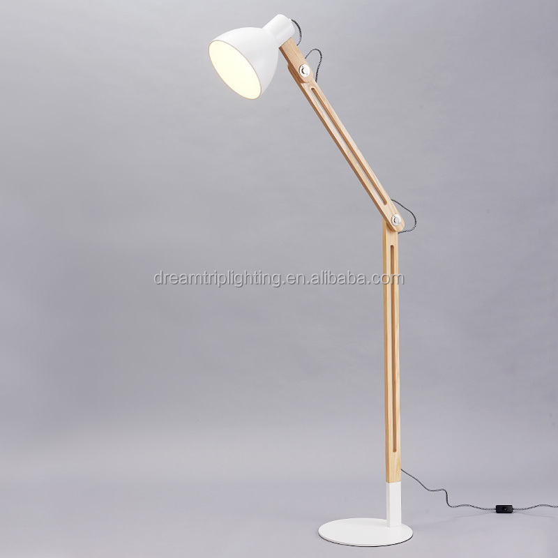Moder Wood Tripod Floor Lamp With Ul/ce