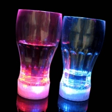 China Supplier 2015 Best Selling Products LED Glow Glass Cup Wholesale Party Supply Cola Cup