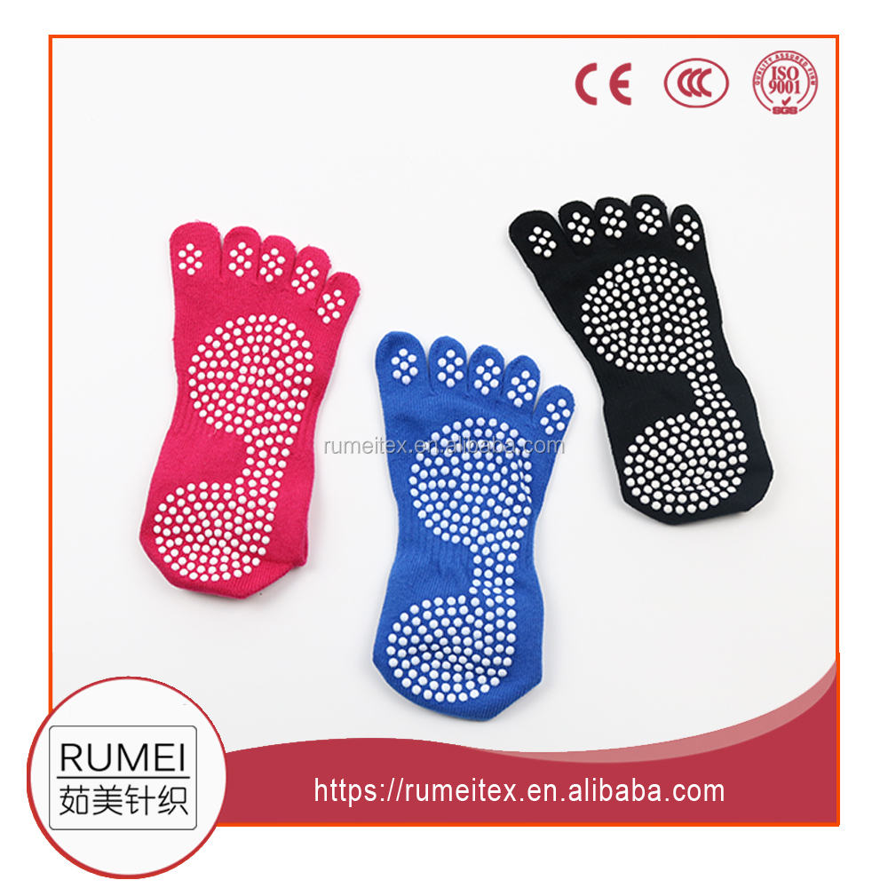 High quality Customized adult Cotton anti slip yoga pilates sock