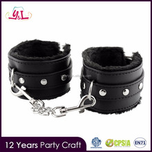2017 New Arrivals Leather Furry Handcuffs Product Toys Sex