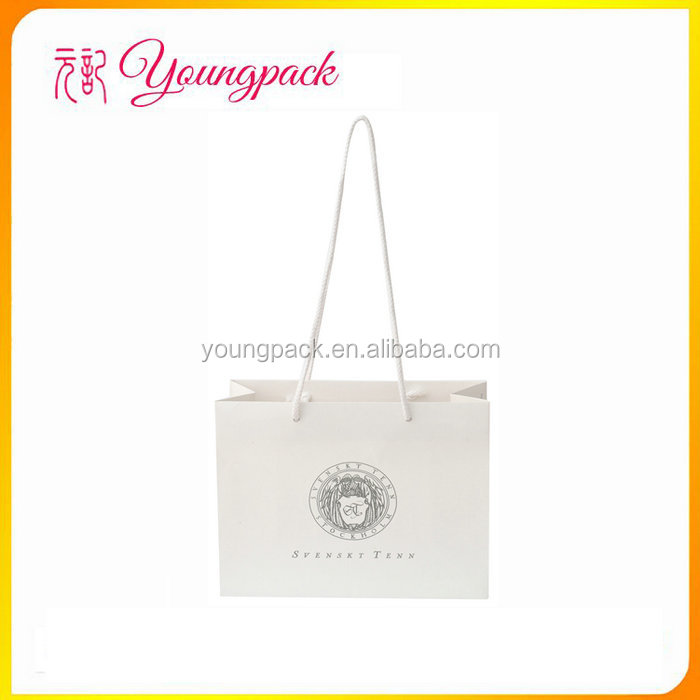 Factory OEM&ODM Paper Carry Bag Wholesale