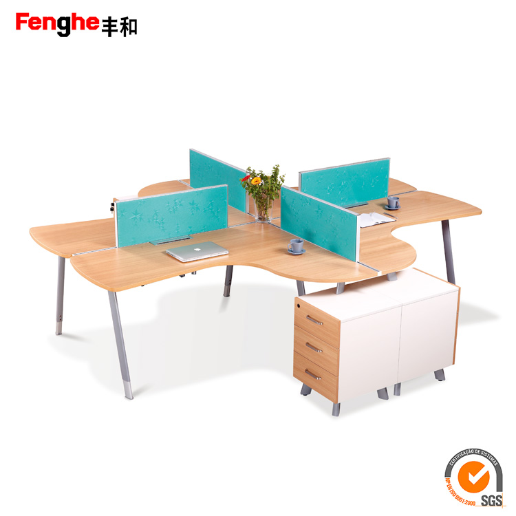 Fashion open office workstation 4 seat cubicle workstation with wood table top partition