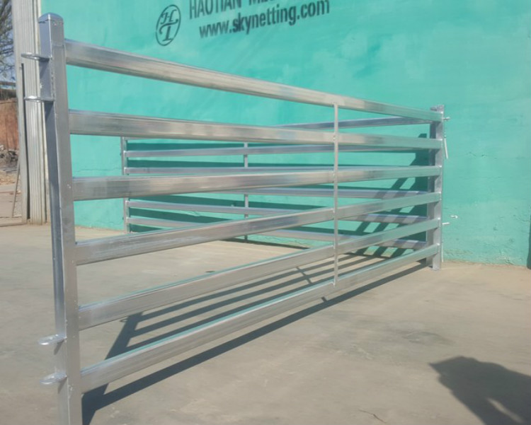 ISO9001 High security corral fence panel/livestock panel yard horse stall fence