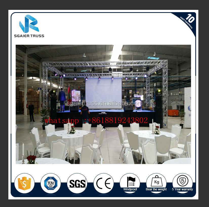 Aluminum stage truss with speaker truss wings