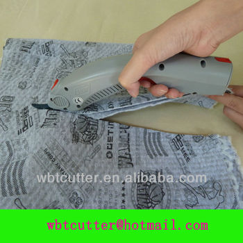 electric scissors cutting thermal underwear