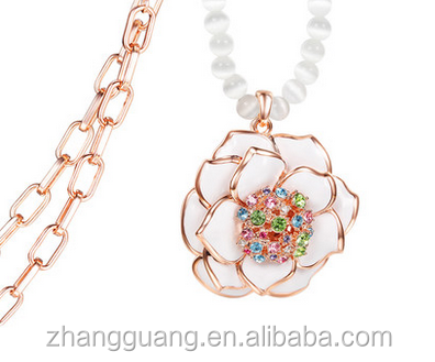 2016 Fashionable beaded charming flower necklace for women