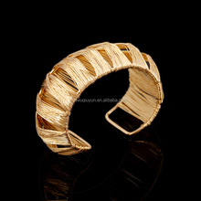2016 New Fashion Punk Exaggerate Big Cuff Bangles Fow Women Iron Wire Wide Open Gold Silver Bangle