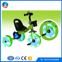 Metal frame flashing wheels triciclo 3 wheels trikes for kids baby tricycle