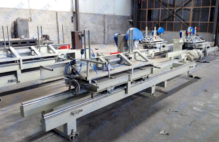 NEWEEK four-axis woodworking sliding table saw wood cutter saw machine