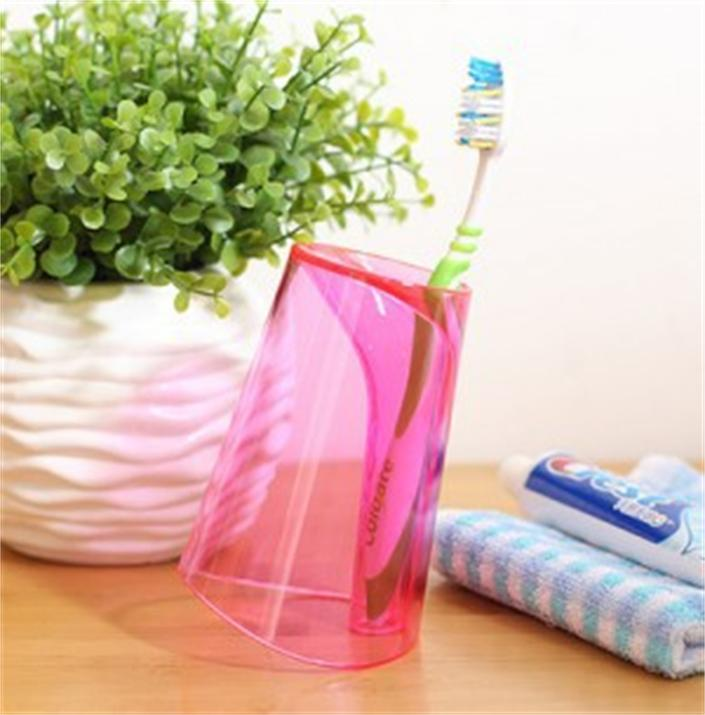 N198 Portable and Eco Friendly Plastic Water Gargle Cup