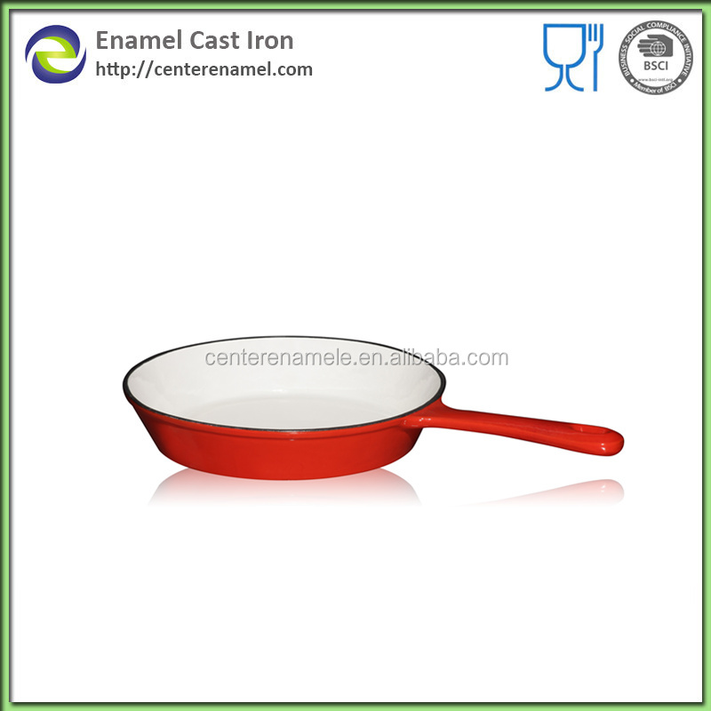 metal cast iron skillet with long handle