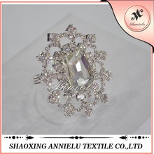 Fancy crystal diamond ring napkin holder wholesale
