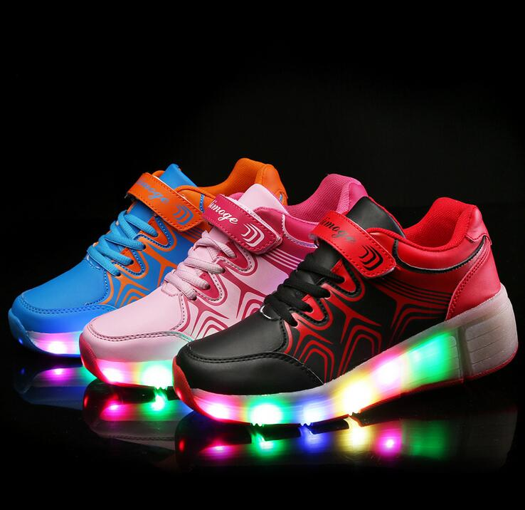 Fashion blinking shoes Led roller shoes glow trainers for children