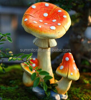 Hand carved polyresin large mushroom decorations