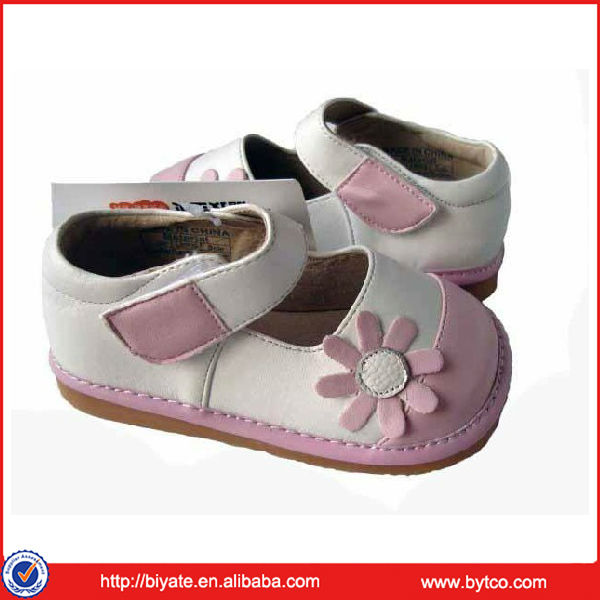 Soft Rubber Sole Cute Baby Girls Squeaky Shoes