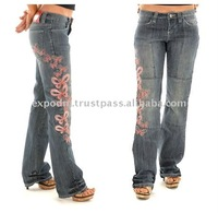 ladies motorcycle jeans 98% cotton 2% spendex 11 oz slub denim with sandblast with leg print