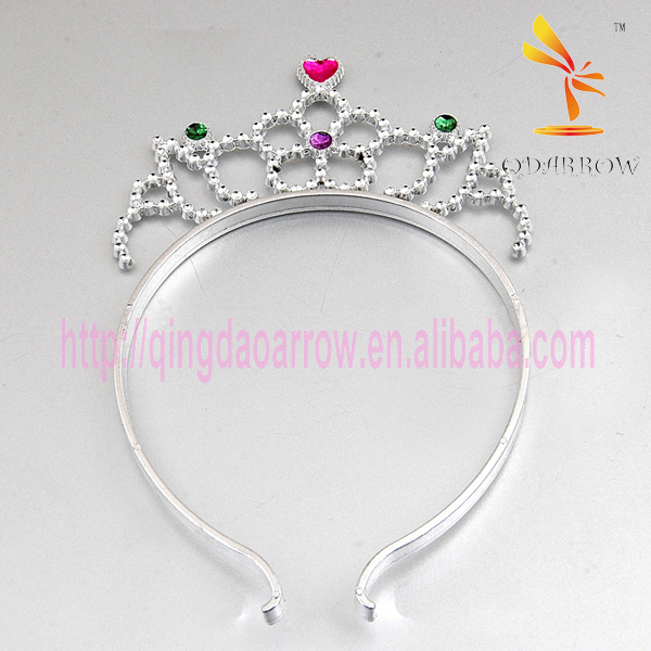 Wholesale Flower Cheap Plastic Tiara and Crown