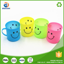 Cheap reusable plastic cup plastic tumbler smiling face with handle
