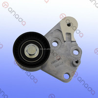 Factory Car Auto Parts SMW252063 Tensioner Pulley for Mitsubishi