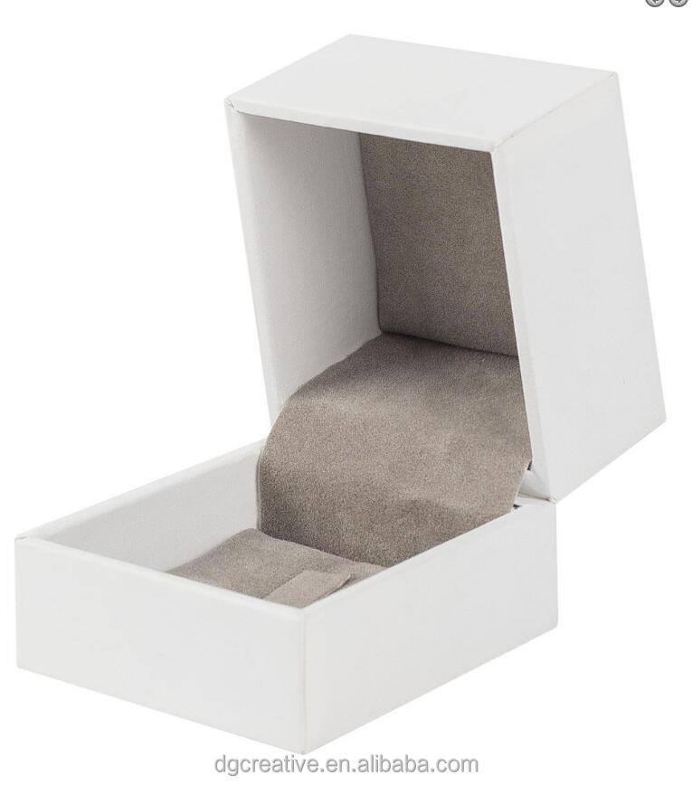 End of Line White Deluxe Ring Box | Hinged Range