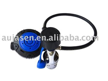Balance first and second stage regulators for scuba diving