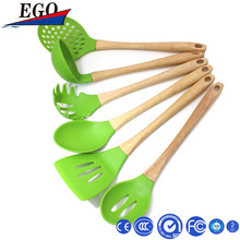 wooden handle kitchen utensil set 6pcs Cooking tools turner spoon spatula with original color