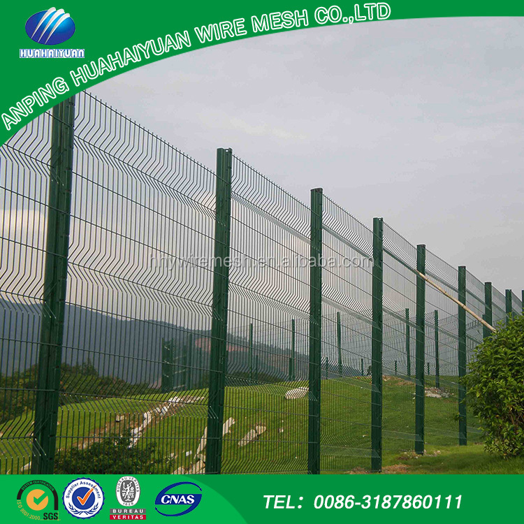 Low carbon iron wire welded mesh fence unique products to sell