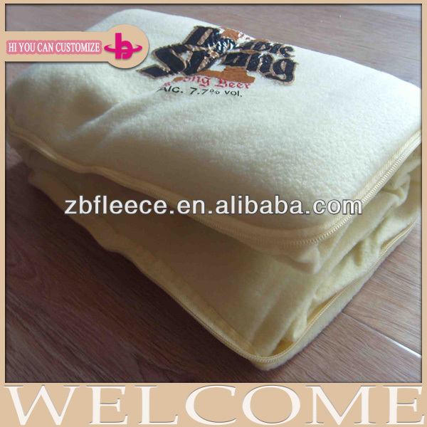 soft feel 100% polyester Eco-friendly high quality low price zip up blanket