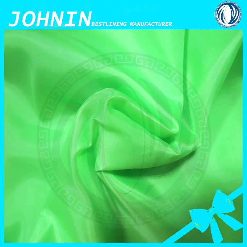 China manufacturer 190t polyester taffeta fabric for lining,100% polyester fabric