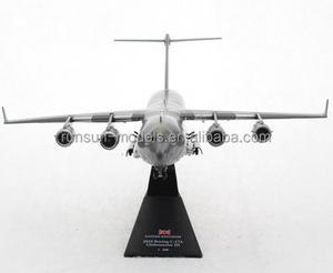 1:200 Scale Boeing C-17 Globemaster III USAF Die cast Aircraft Model for Child