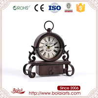 Exquisite design good price brown color round shaped retro table antique desk clock