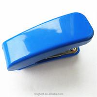 Mini plastic stapler with staples set for popular office binding item