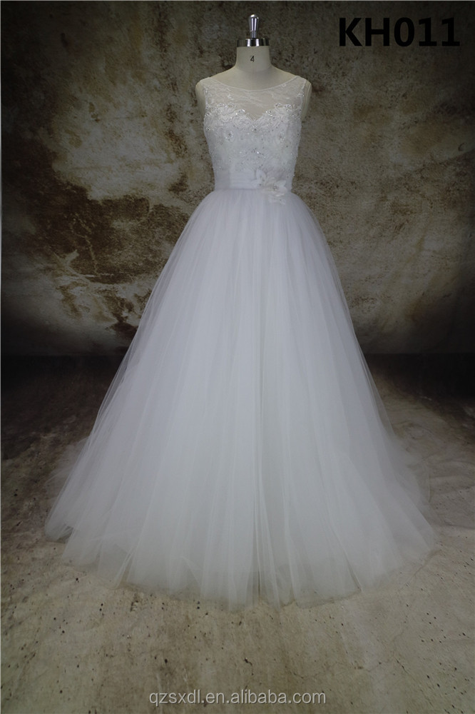 Luxury Vintage Short Sleeves White Ball Gowns