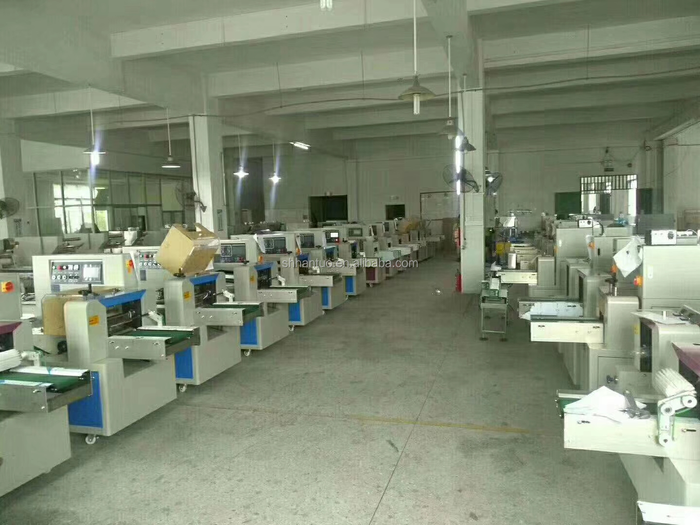 Flow Pack Medical Gauze Roll wrapping machine spoon flow Wrapping Machine