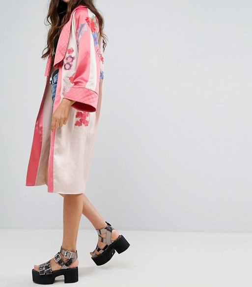 Floral open front flared sleeves kimono