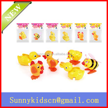 Plastic wind up toy wind up bee wind up duck wind up chick