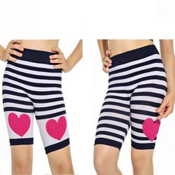 OEM Seamless Lovely Heart Stretch Girls Fitness Biker Shorts with Strips
