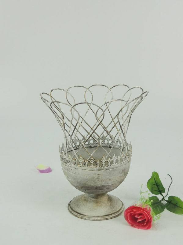 Wide mouth metal wire mesh flower pot