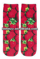 Strawberries fruit Women's Sublimated Photo Crew Socks