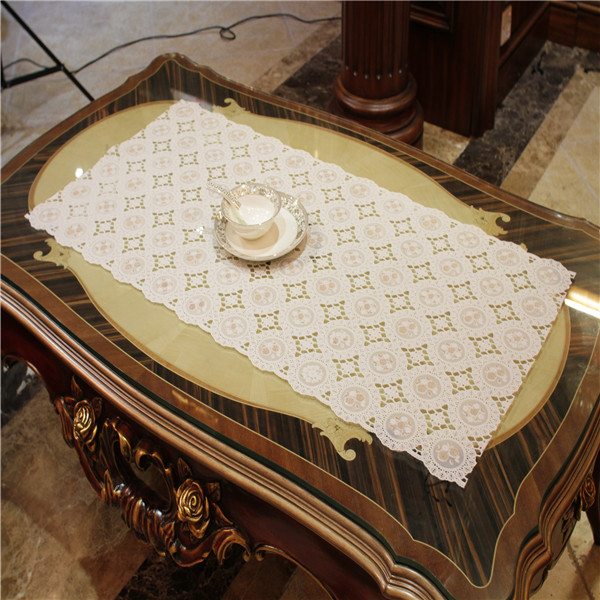 cheap pint glitter long lace table cloth white color