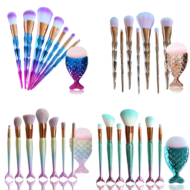 Low MOQ 2018 New Mermaid Cosmetic Brush for mMakeup Brushes Set Foundation Blending Powder