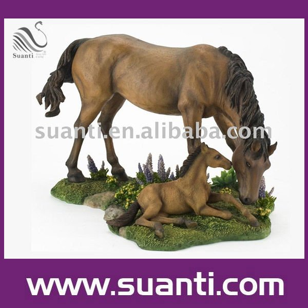 2016 Popular Wholesale Lifelike Decorative Resin Brown Wild Horse Statue