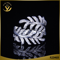 Dazzling ladies diamond silver jewelry, men's feather ring setting zircon